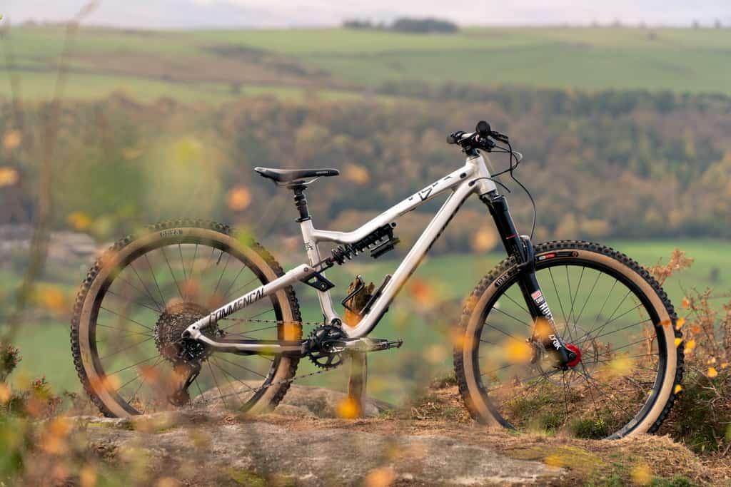 Skinwall Ibex Citius Onza Bike Onza Tyres