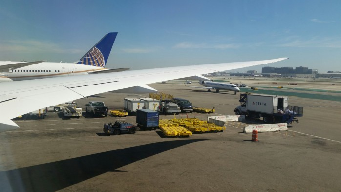 United 787-9 Wing