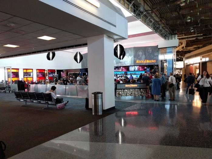 Rock 'n Brews Terminal 1 Southwest