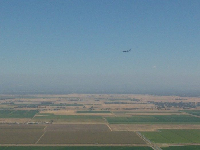 C17 on Approach to Sacramento