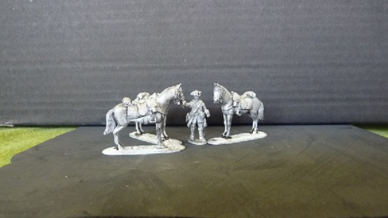 British Dragoon Horse holder and three horses