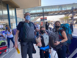Aeroport Orly, Tour du Monde en sac à dos en famille vers la Polynésie