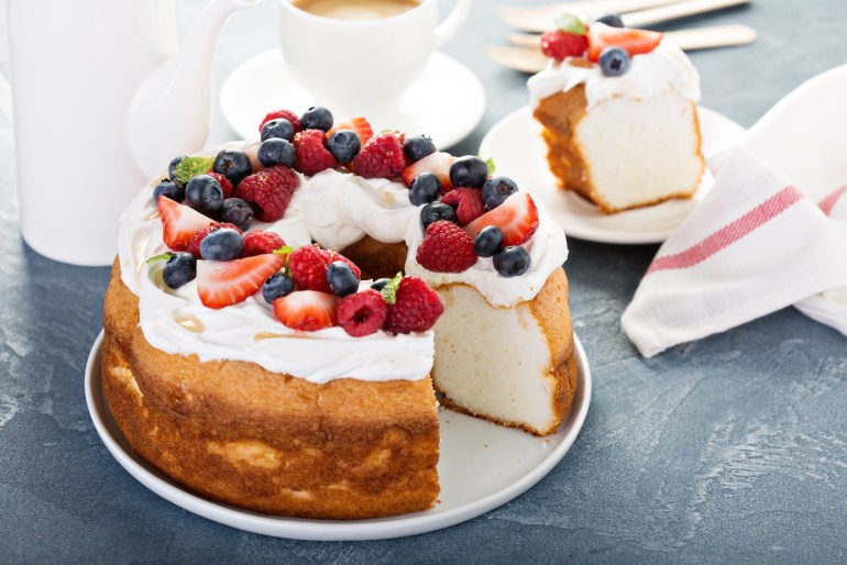 foods you've never grilled before, grilled angel food cake
