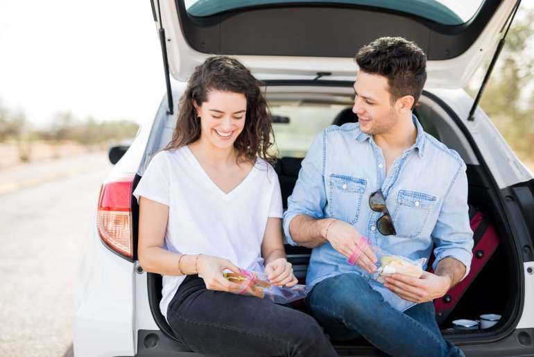 12 easy, healthy snacks for your road trip