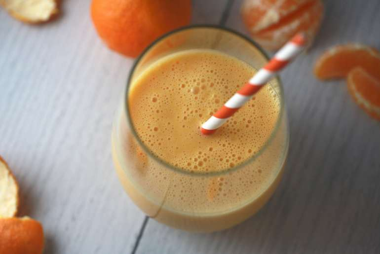 A Healthy Copycat of the famous Orange Julius Smoothie