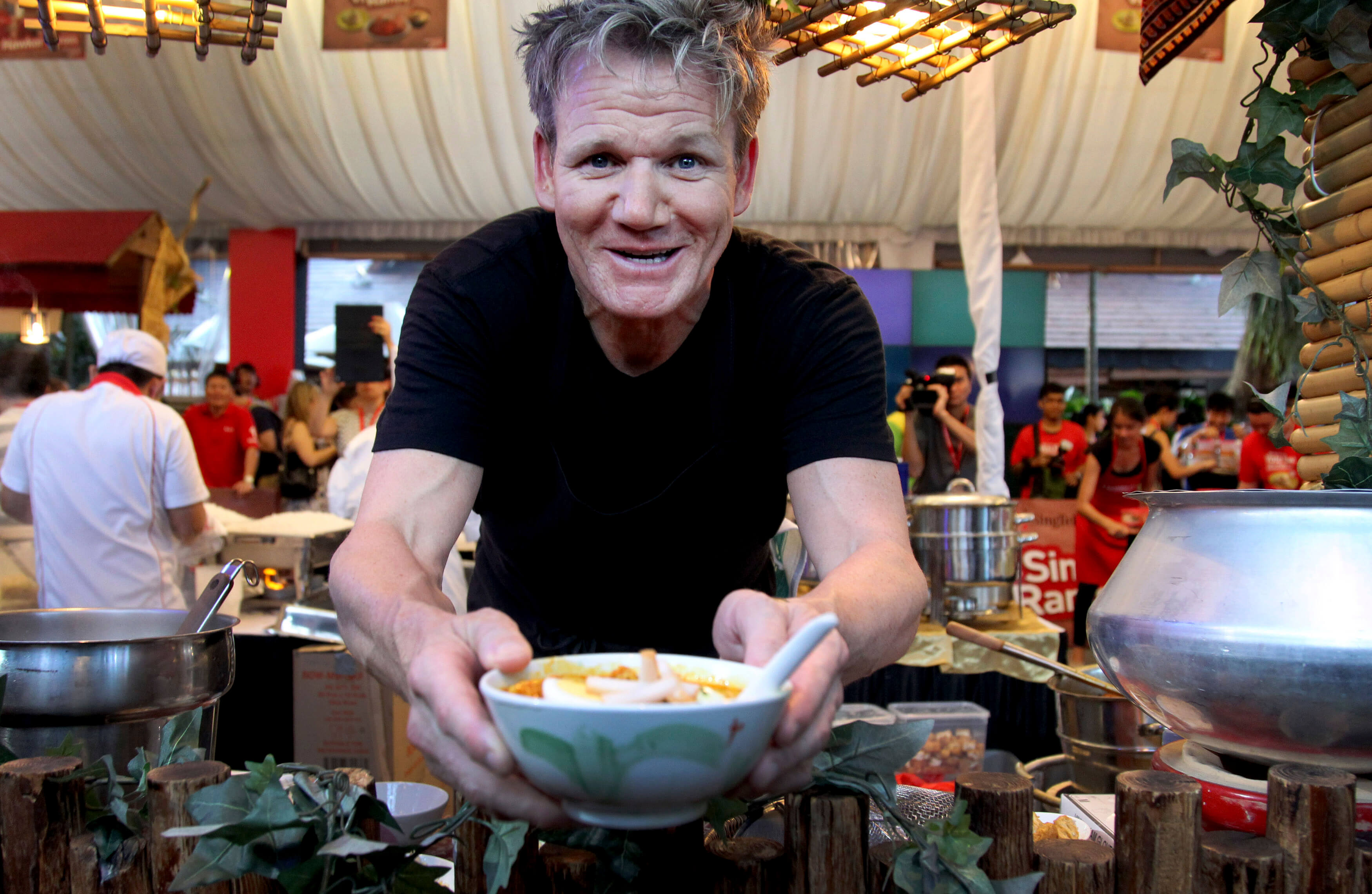 Cooking tips and techniques from chef Gordon Ramsay | EverybodyCraves