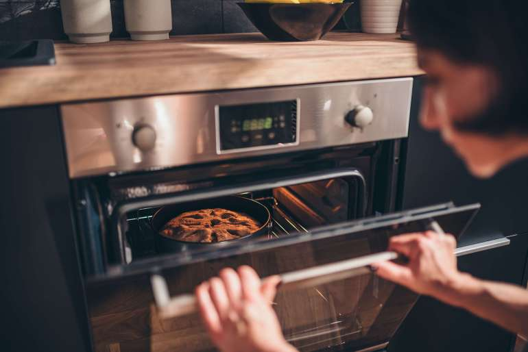 Avoid these 10 common baking mistakes for better baked goods_not preheating oven