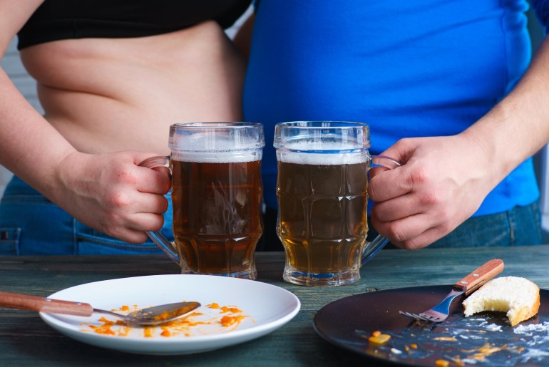 Being in a relationship makes you fat, study shows