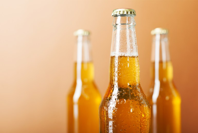 Does beer taste better from a bottle or from a can? One study puts the debate to rest