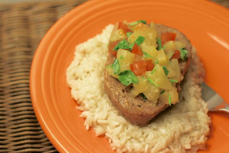 Make your own Caribbean inspired seasoning for this tropical summer feast by Everybody Craves.