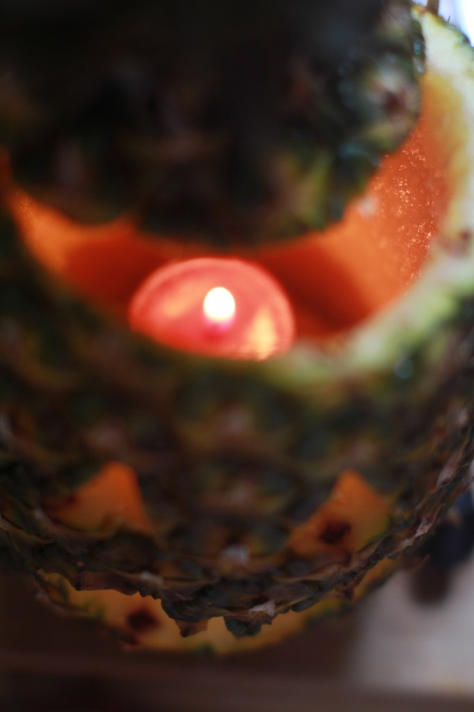 Pineapples are this year's hottest carving trend Here's how you do it4