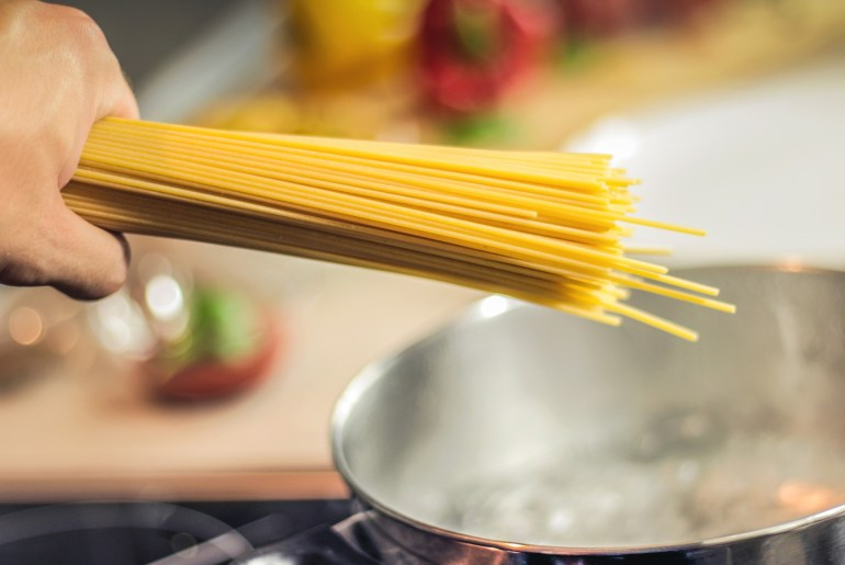 Researchers find out how to break spaghetti in just two pieces