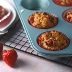 Strawberry oatmeal muffins_2
