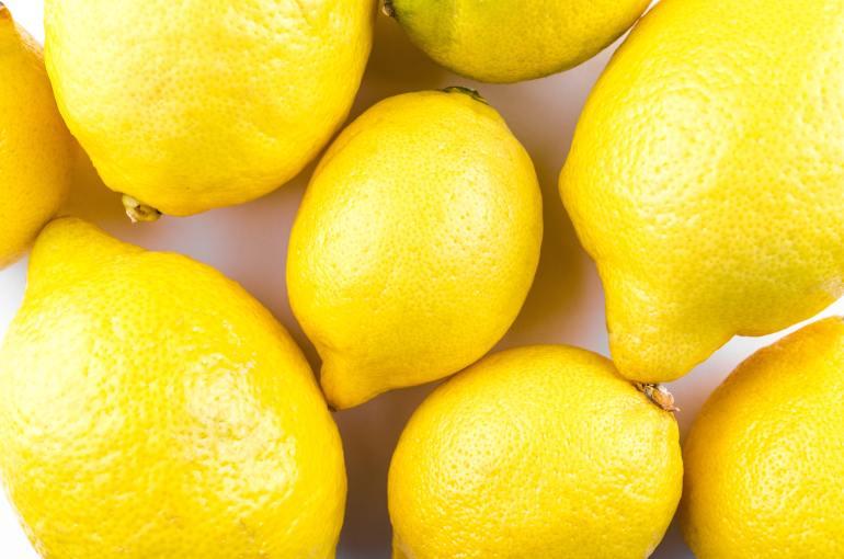 What's in season in February_lemon