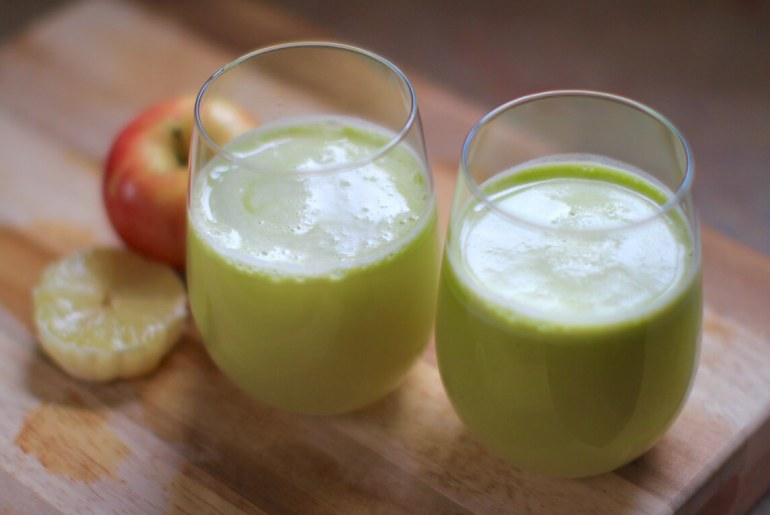 Celery, apple, ginger, lemon juice by Everybody Craves