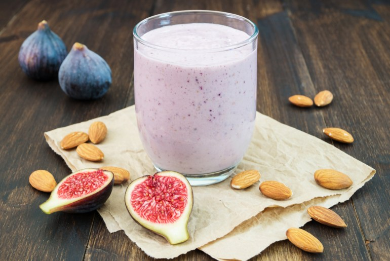 Creamy Fig Almond Smoothie mixes up fall breakfasts