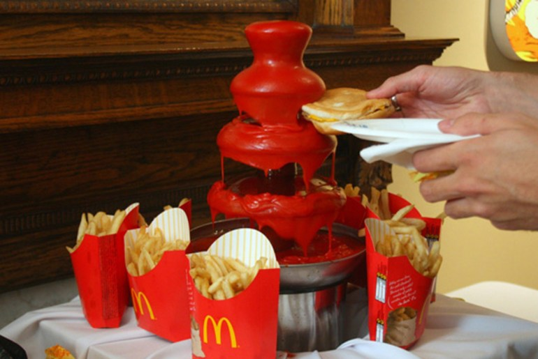 10 Most Delicious Dunking Fountains by Everybody Craves