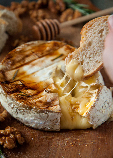 Grilled-brie