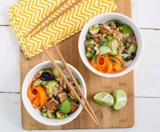 Thai Tofu and Noodle Salad|Oh My Veggies