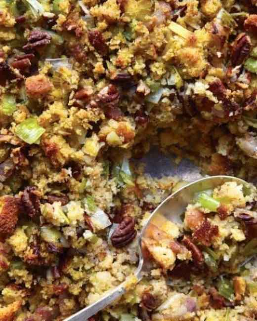 Cornbread Bacon Leek and Pecan Stuffing|Martha Stewart
