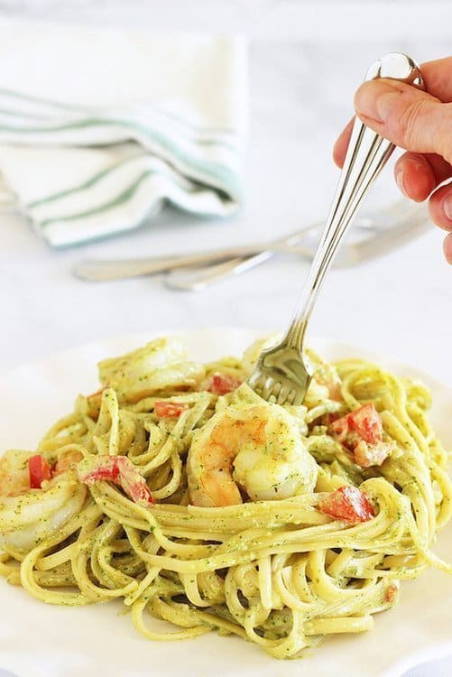 Fettuccine and Shrimp with Arugula Pesto Cream Sauce|Craving Something Healthy