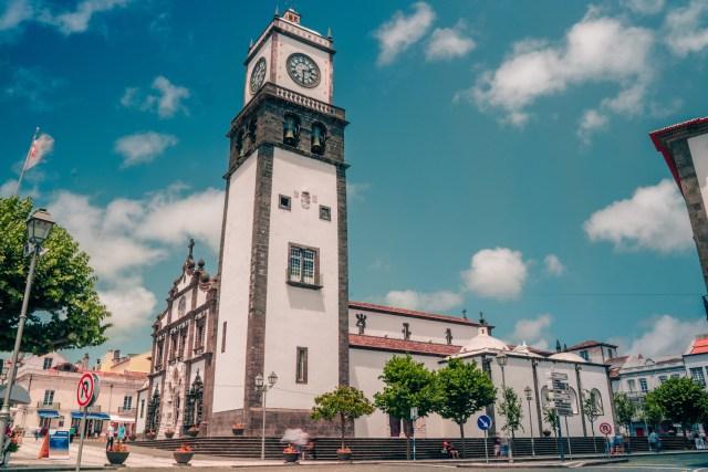 The Igreja de São Sebastião is a beautiful church located in the middle of Ponta Delgada.