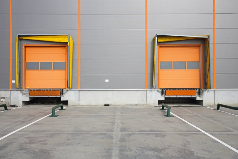 loading dock safety requirements hazards