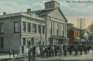 The Bucyrus Post Office in 1908 was located east of the Library on East Mansfield Street with the horses ready to go.