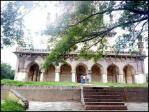 Main view of Tomb of Abdullah Qutb Shah
