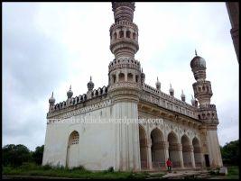 Great masjid at Qutb Shahi Tombs