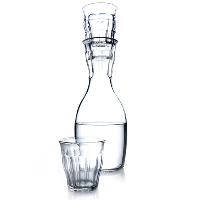 carafe stacking glasses1 Carafe with Stacking Glasses on Top