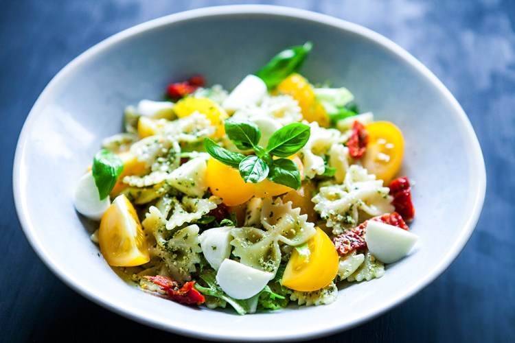 5 quick and easy everyday recipes with pesto sauce vegetarian pasta salad with tomato and pesto sauce forumfinder Images