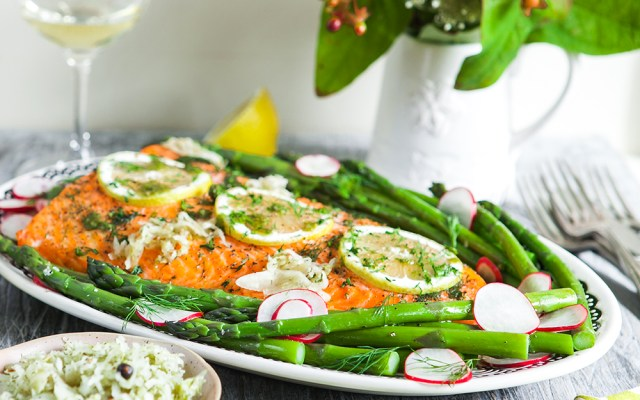 Oven Roasted Salmon with Asparagus and Salsa Verde. Christmas recipe.