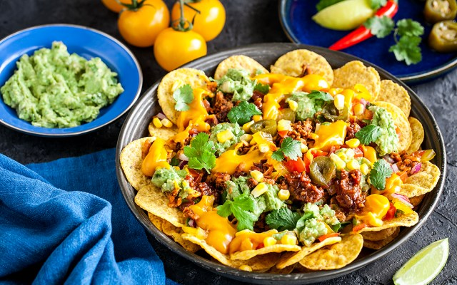 Quick and Easy Healthy Nachos. + Bonus: Vegan recipe. Gluten-free.