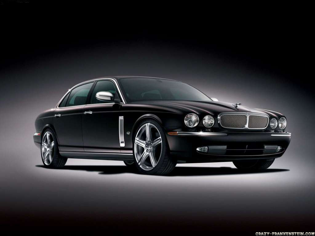 Wallpaper: Jaguar Supe v8. Resolution: 1024x768 | 1600x1200