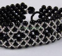 Элегантный браслет к маленькому черному платью