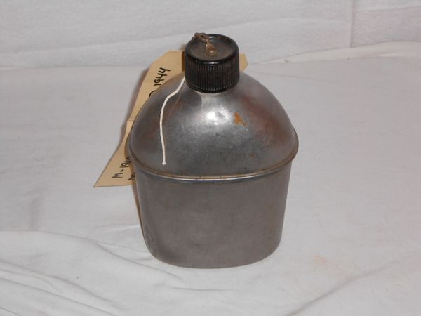 M1942 Stainless Steel Canteen dated 1944