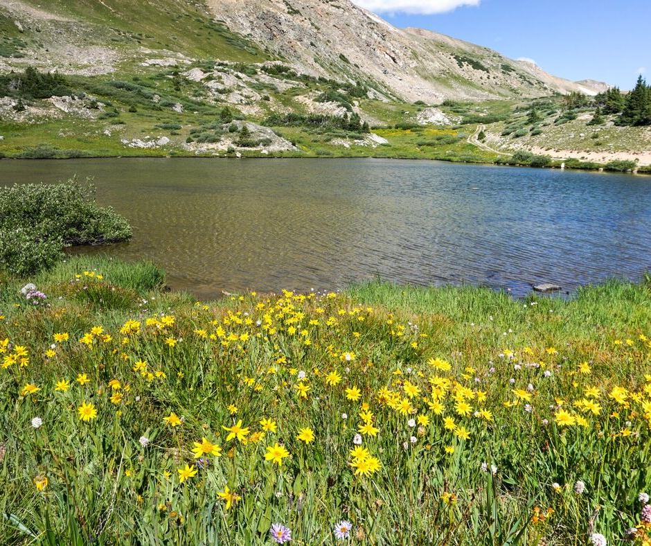 Loveland Lakes, Loveland Pass, alpine lakes, Colorado lakes, easy hikes, Colorado hidden gems,