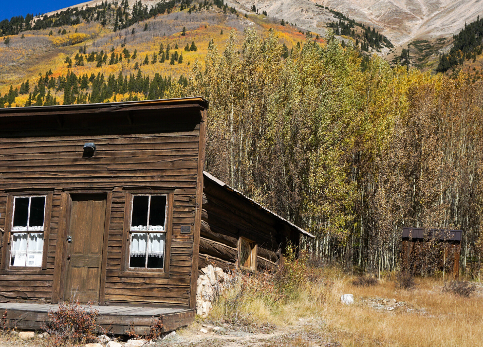 Hiking Around Colorado Ghost Towns