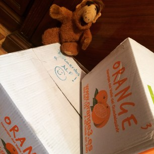 Alf y Orange3 - detalle de la caja