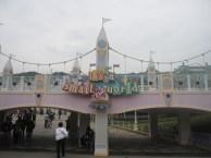 Hong-Kong-Disneyland-Its-A-Small-World
