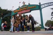 Hong-Kong-Disneyland-with-friends