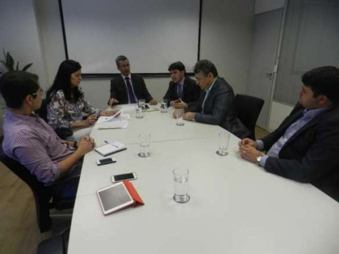 Presidente Vicente Neto recebe o secretário de Turismo da Paraíba para debater o fortalecimento do segmento MICE no estado.