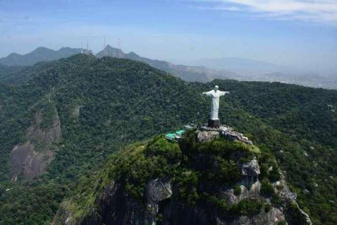 Do ponto de vista social, o ecoturismo proporciona diversas melhorias também.