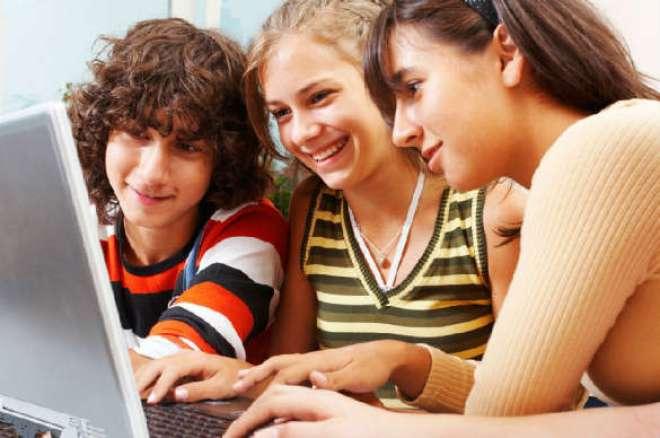 Apesar de vivermos na chamada Era da Informação, contraditoriamente, raros são os jovens que buscam conhecimento, por mais acessíveis que sejam.