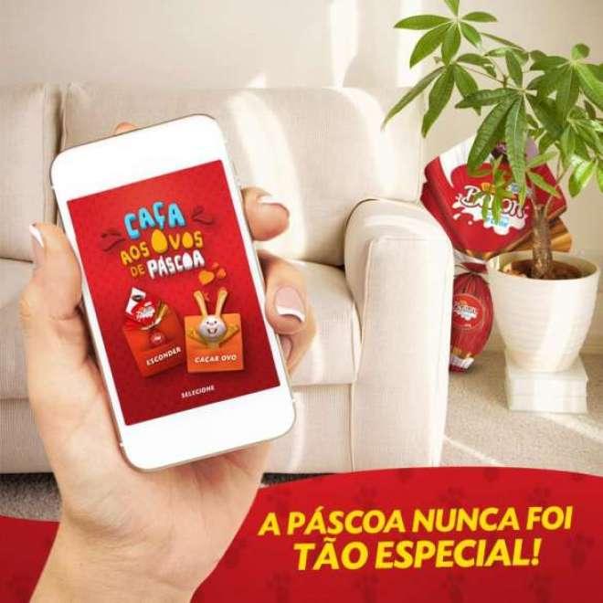 """""""Caça aos Ovos"""" pode ser baixado em smartphones e configurado com dicas dos pais para que as crianças encontrem os chocolates."""