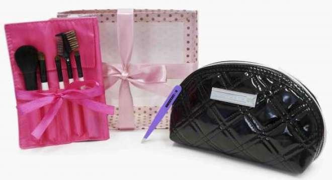 Kit exclusivo com acessórios para realçar a beleza natural de todas as mães.