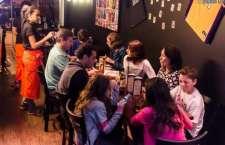 O bar, que abre de quarta a sábado, preparou uma promoção para cada dia.
