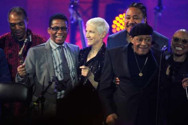 Celebrating International Jazz Day 2015 in Paris, France, are (left to right): Femi Kuti, Herbie Hancock, Annie Lennox, James Genus, Al Jarreau and Dee Dee Bridgewater. (PRNewsFoto/Thelonious Monk Institute of Jaz)