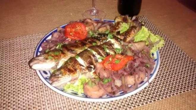 """Truta à Transmontana é o destaque do jantar que revive a tradição portuguesa do """"Vinho dos Mortos""""."""